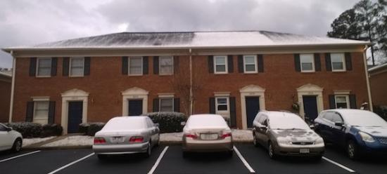 snow-roof-heat-loss-attic-600.jpg