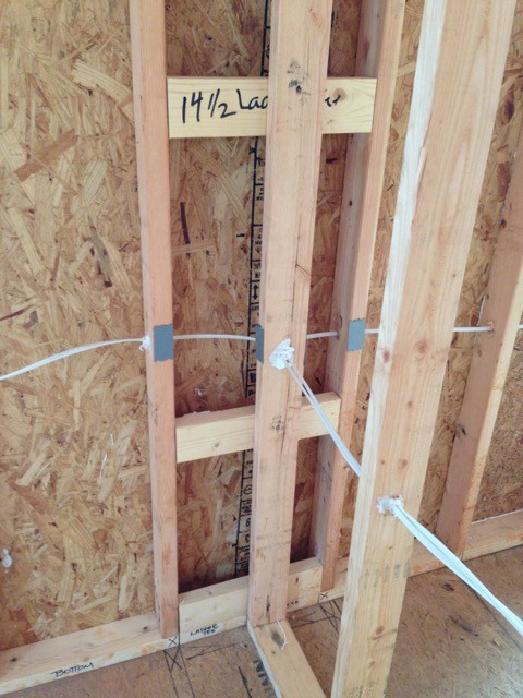 Advanced framing ladder T-wall