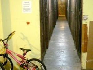 basement moisture problems entrance moldy smell 2
