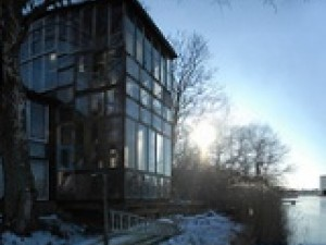 leed certified glass homes all windows no wall insulation
