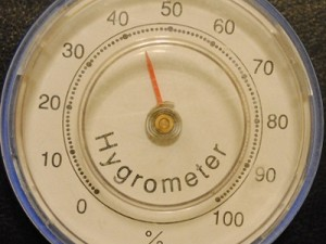 relative-humidity-analog-hygrometer.jpg