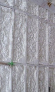 heat flow by conduction spray foam insulation in wall