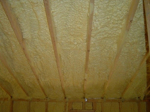 Closed cell spray foam insulation in an attic without an ignition barrier