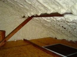 building science: spray foam on roofline
